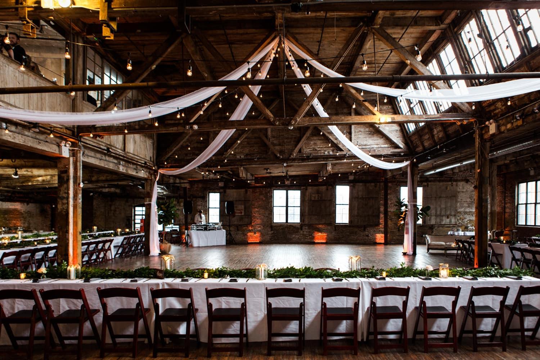 Greenpointloft Brooklynwedding Eileenmenyphotography 30 Greenpointloftwedding 0011